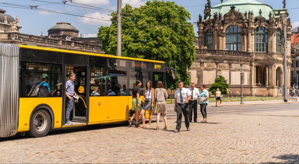 yellow bus in Dresden Altstadt